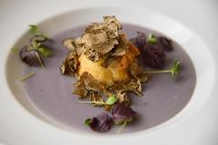 Zeppola con tartufo e purè di patate